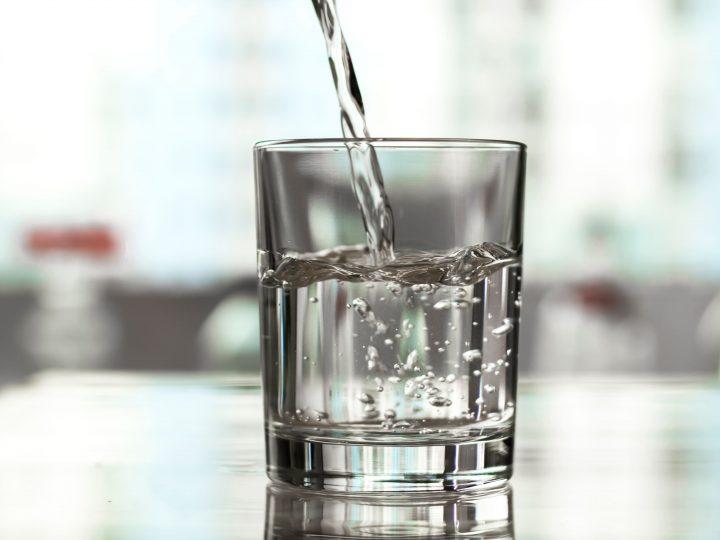Vale a pena investir em um purificador de água?